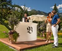 Romantik- oder Hochzeitstags-Special mit vielen HERZ Extras
